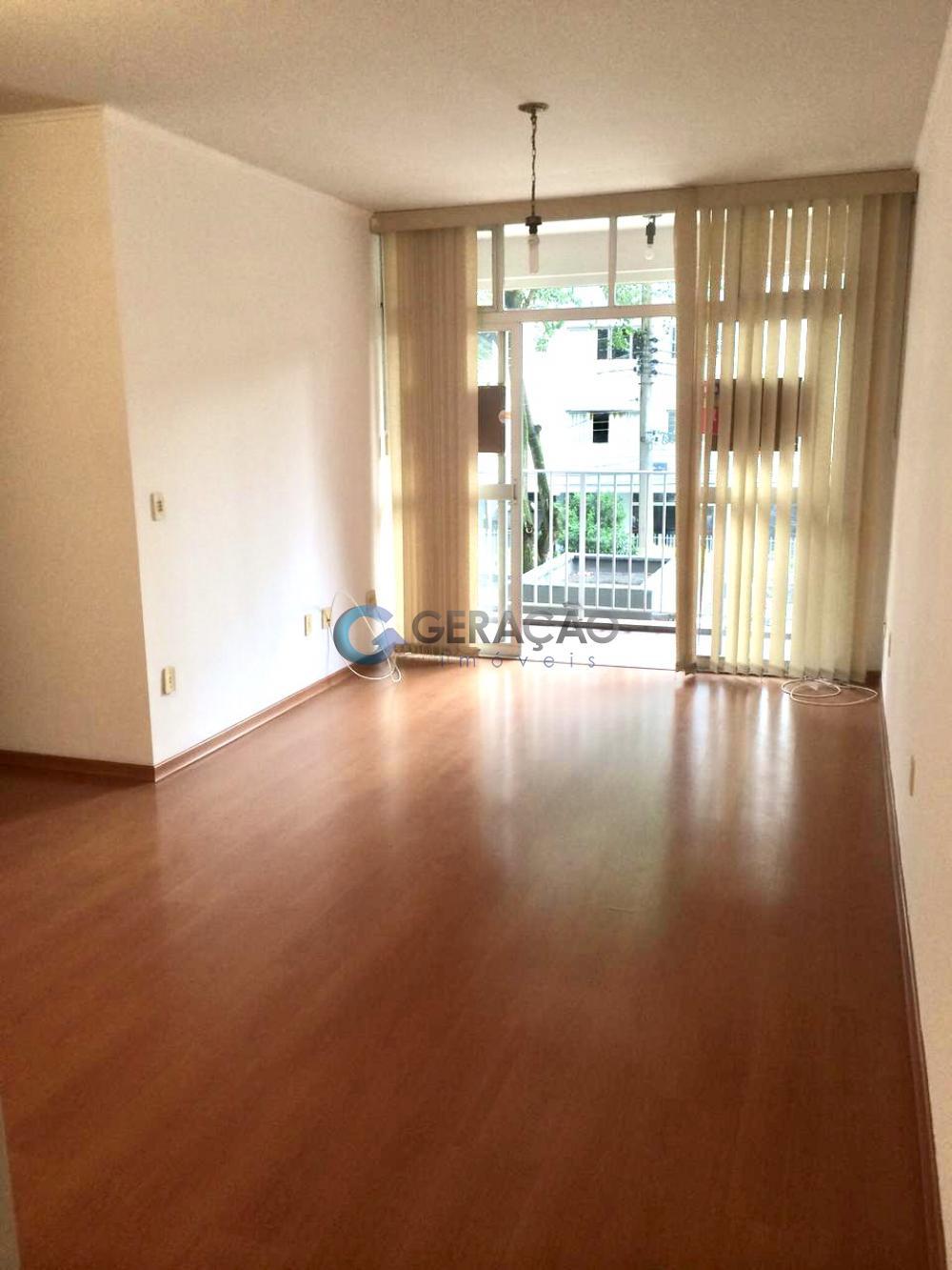 Alugar Apartamento / Padrão em São José dos Campos R$ 1.550,00 - Foto 3
