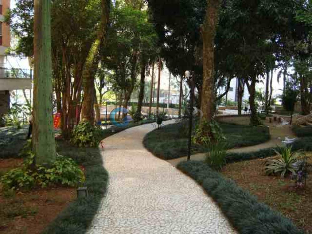 Comprar Apartamento / Padrão em São José dos Campos R$ 900.000,00 - Foto 2