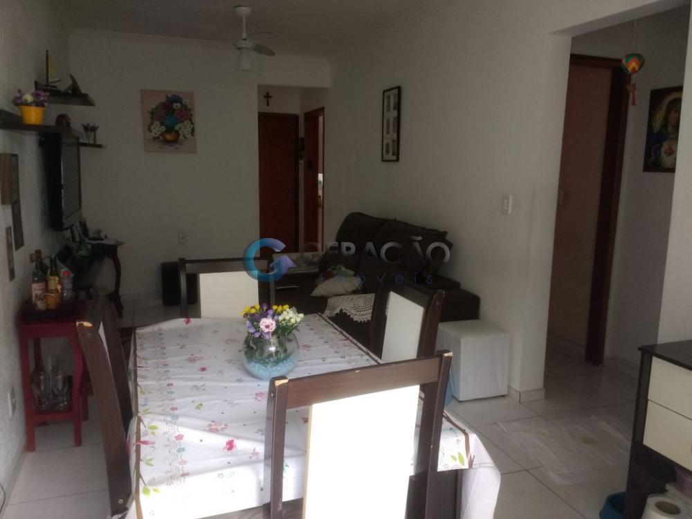 Comprar Apartamento / Padrão em São José dos Campos apenas R$ 260.000,00 - Foto 2
