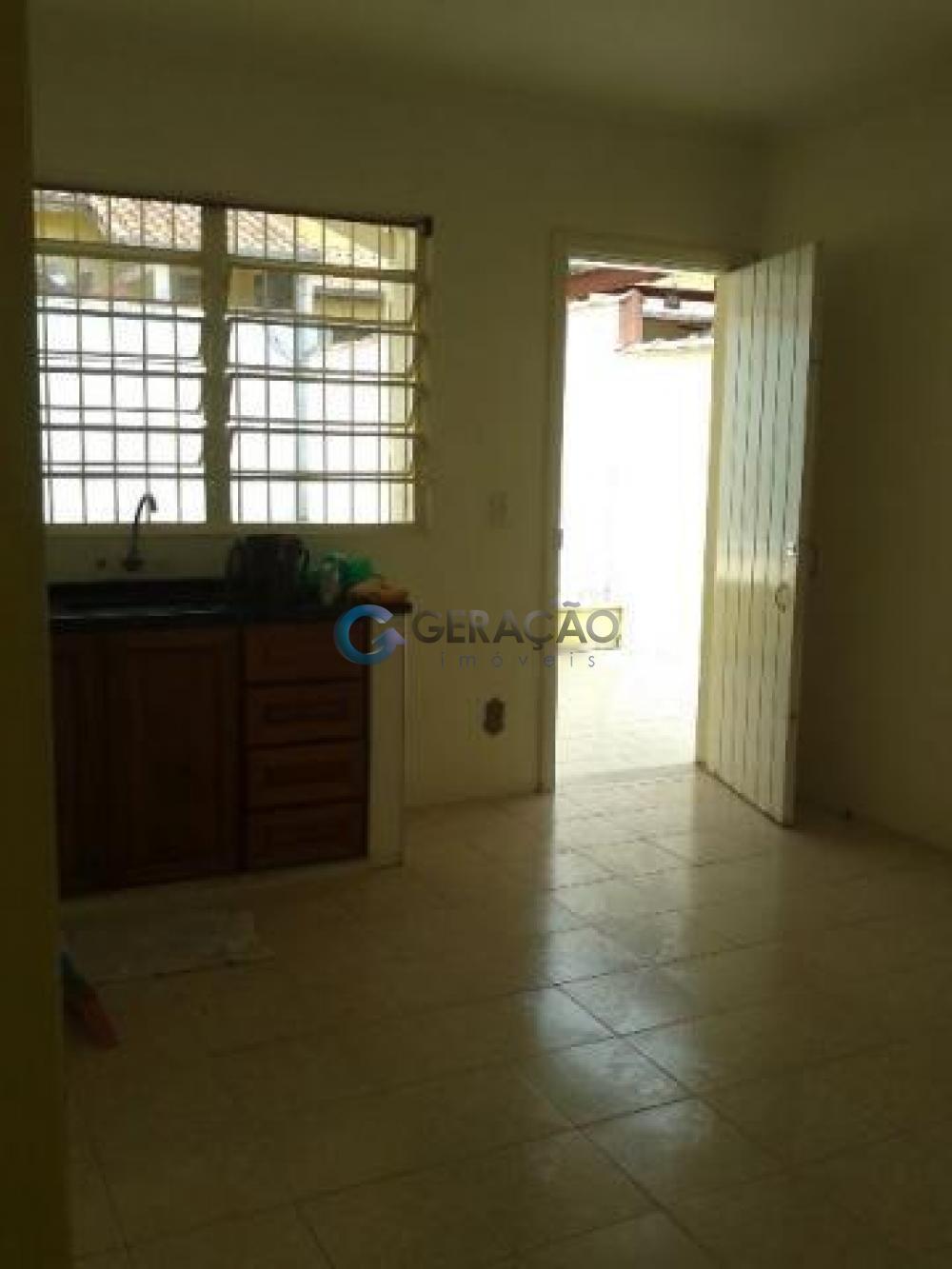 Comprar Casa / Padrão em São José dos Campos apenas R$ 450.000,00 - Foto 17