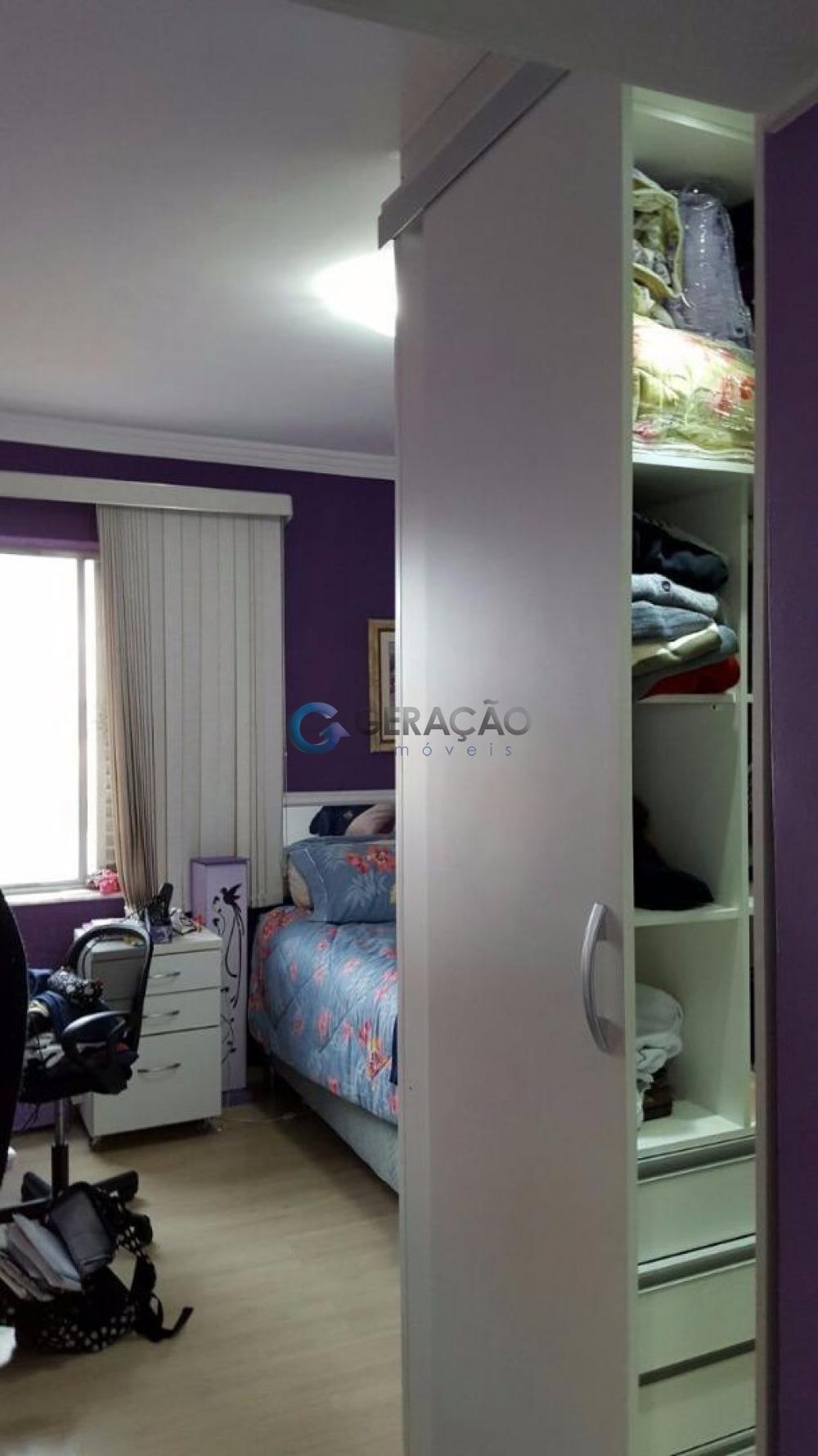 Comprar Apartamento / Padrão em São José dos Campos apenas R$ 380.000,00 - Foto 4