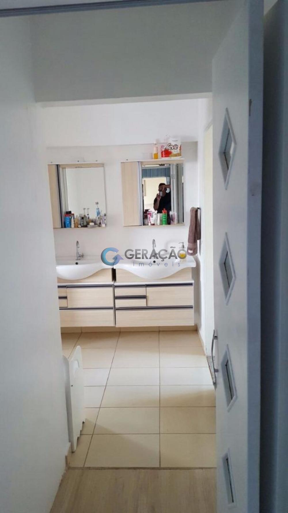 Comprar Apartamento / Padrão em São José dos Campos apenas R$ 380.000,00 - Foto 5