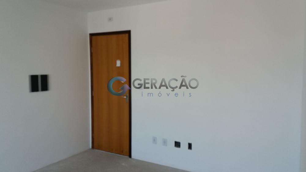 Comprar Apartamento / Padrão em São José dos Campos R$ 235.000,00 - Foto 2