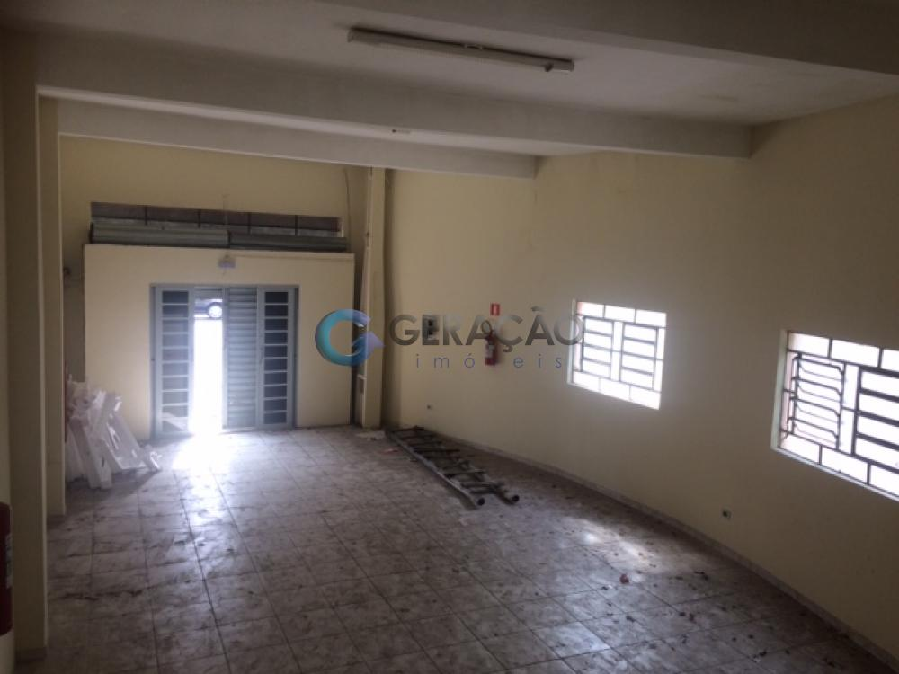Alugar Comercial / Ponto Comercial em São José dos Campos R$ 3.500,00 - Foto 1