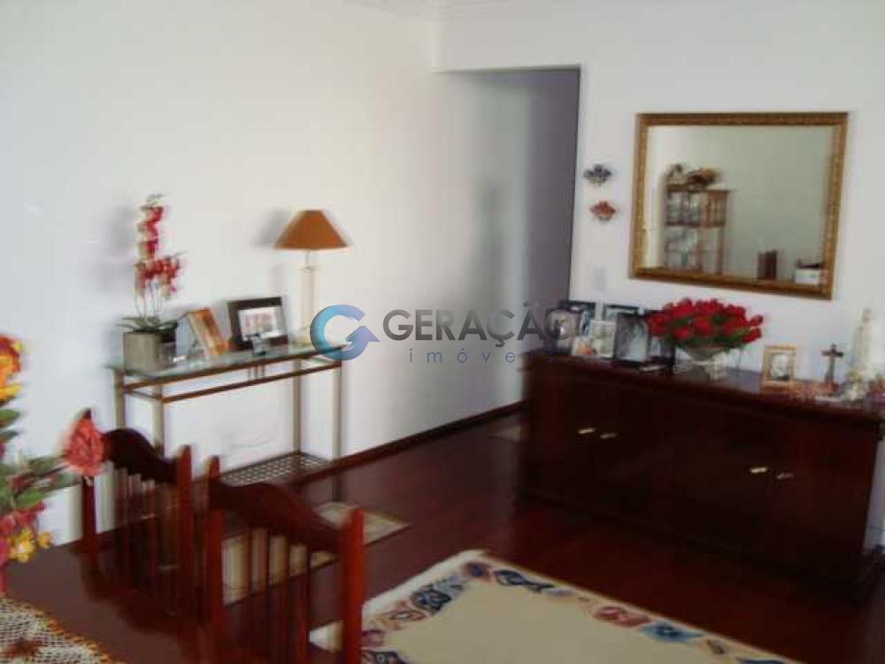 Comprar Apartamento / Padrão em São José dos Campos apenas R$ 385.000,00 - Foto 1