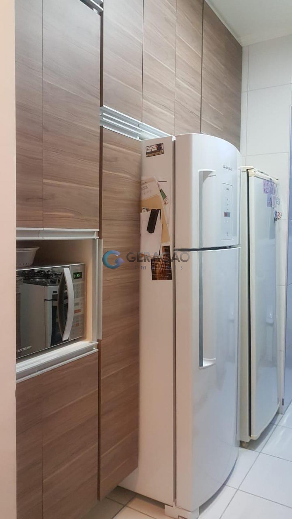 Comprar Apartamento / Padrão em São José dos Campos R$ 340.000,00 - Foto 16