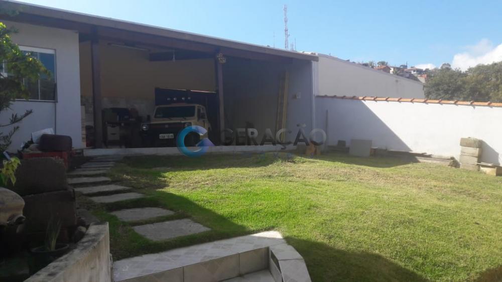Comprar Casa / Padrão em Santa Branca R$ 850.000,00 - Foto 16