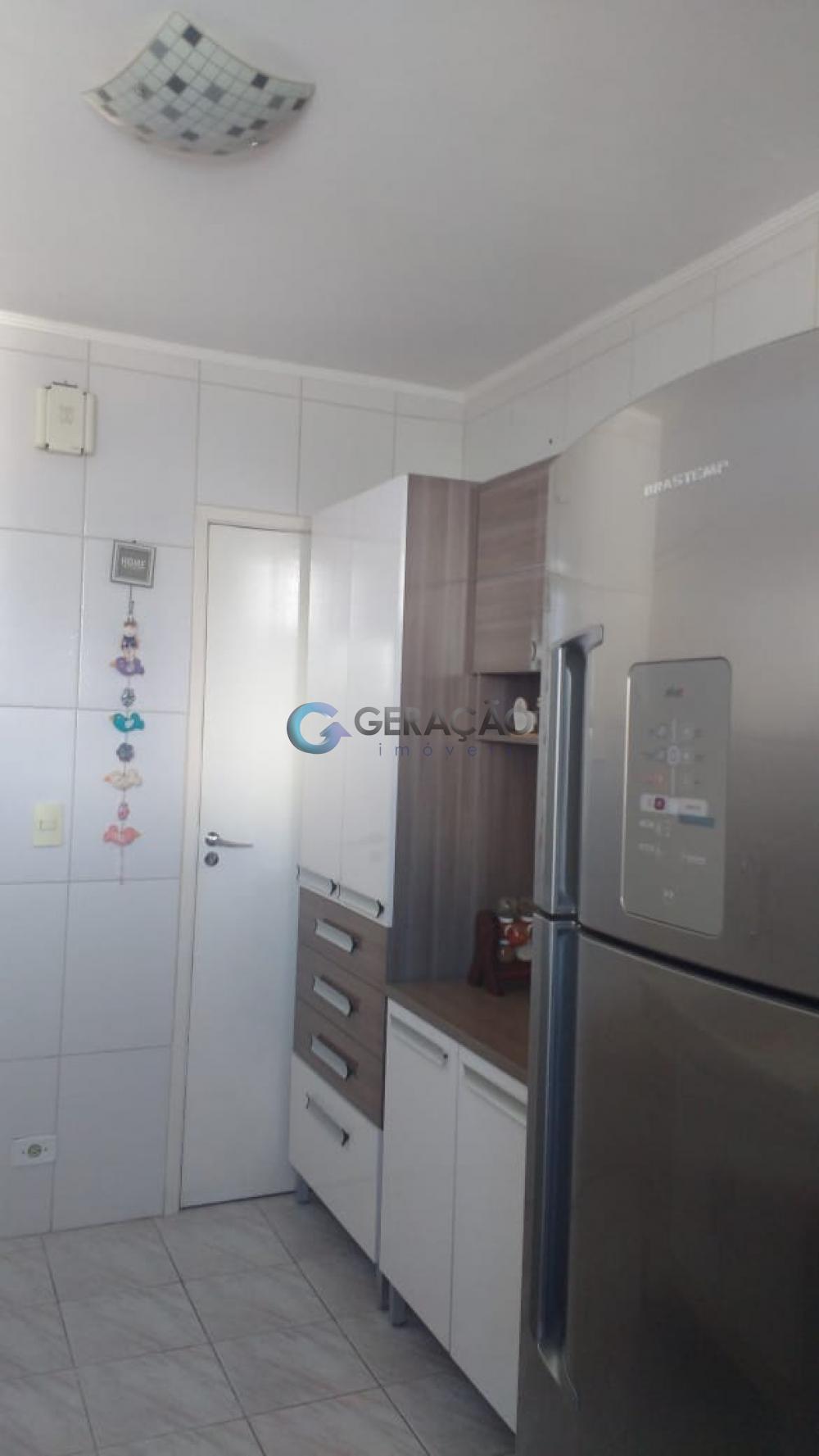 Comprar Apartamento / Padrão em São José dos Campos apenas R$ 220.000,00 - Foto 12