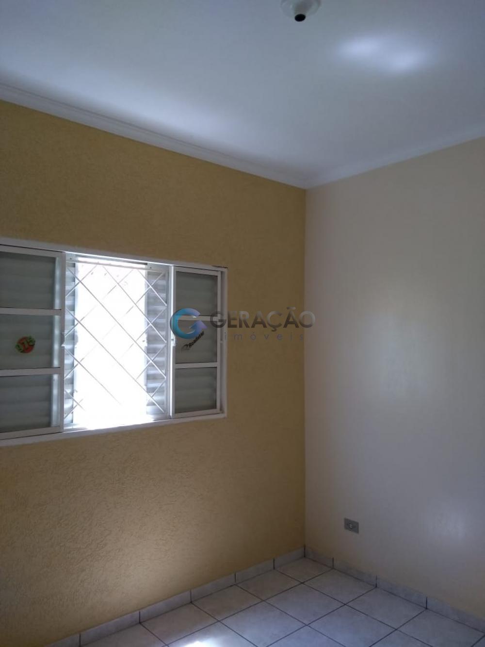 Comprar Casa / Padrão em São José dos Campos apenas R$ 215.000,00 - Foto 12
