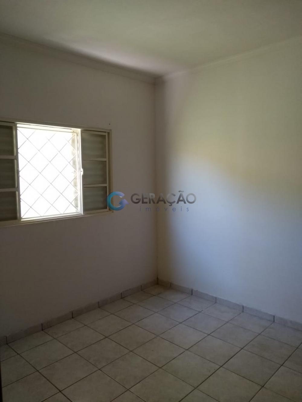 Comprar Casa / Padrão em São José dos Campos apenas R$ 215.000,00 - Foto 14