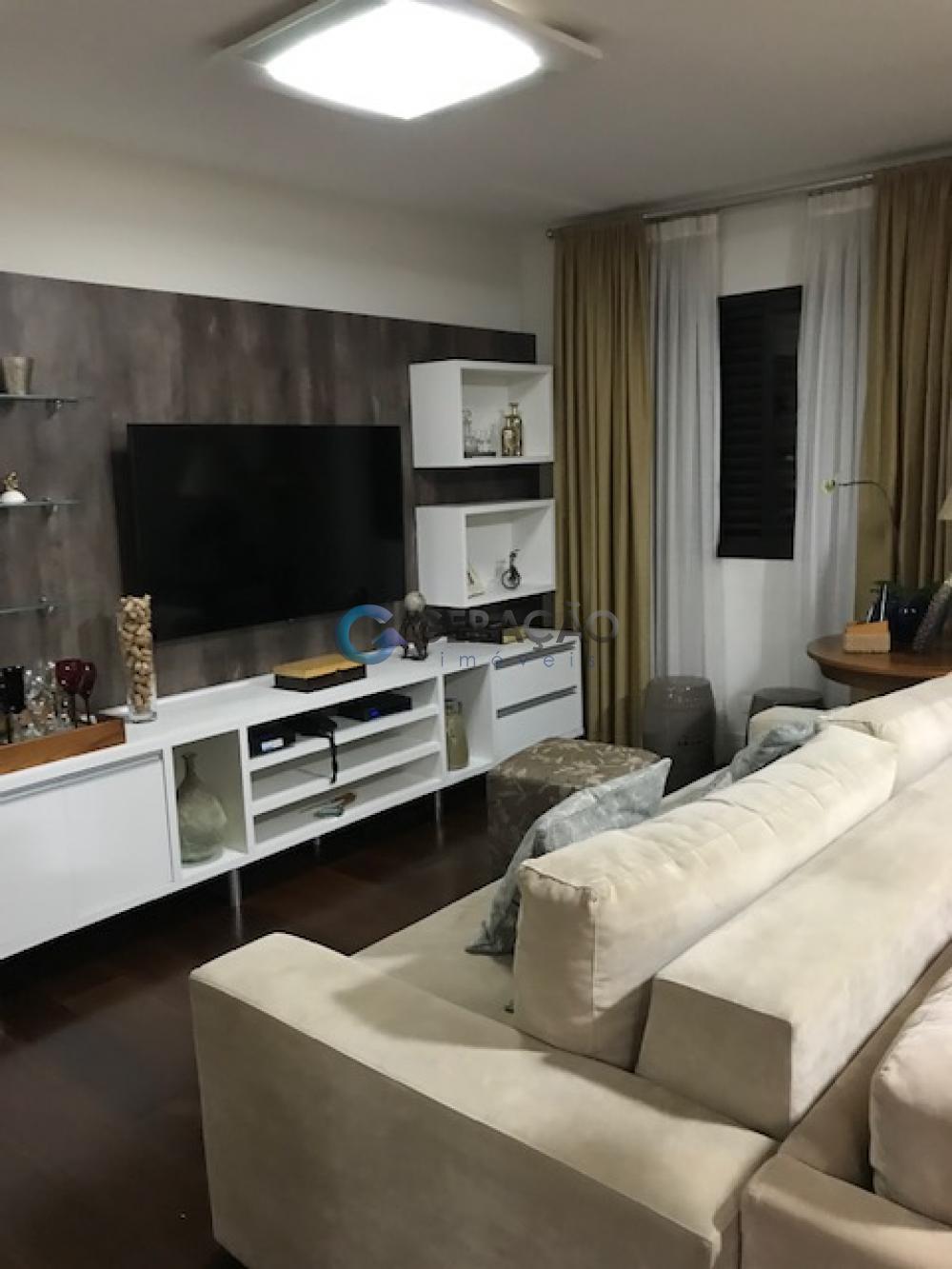 Comprar Apartamento / Padrão em São José dos Campos apenas R$ 850.000,00 - Foto 2
