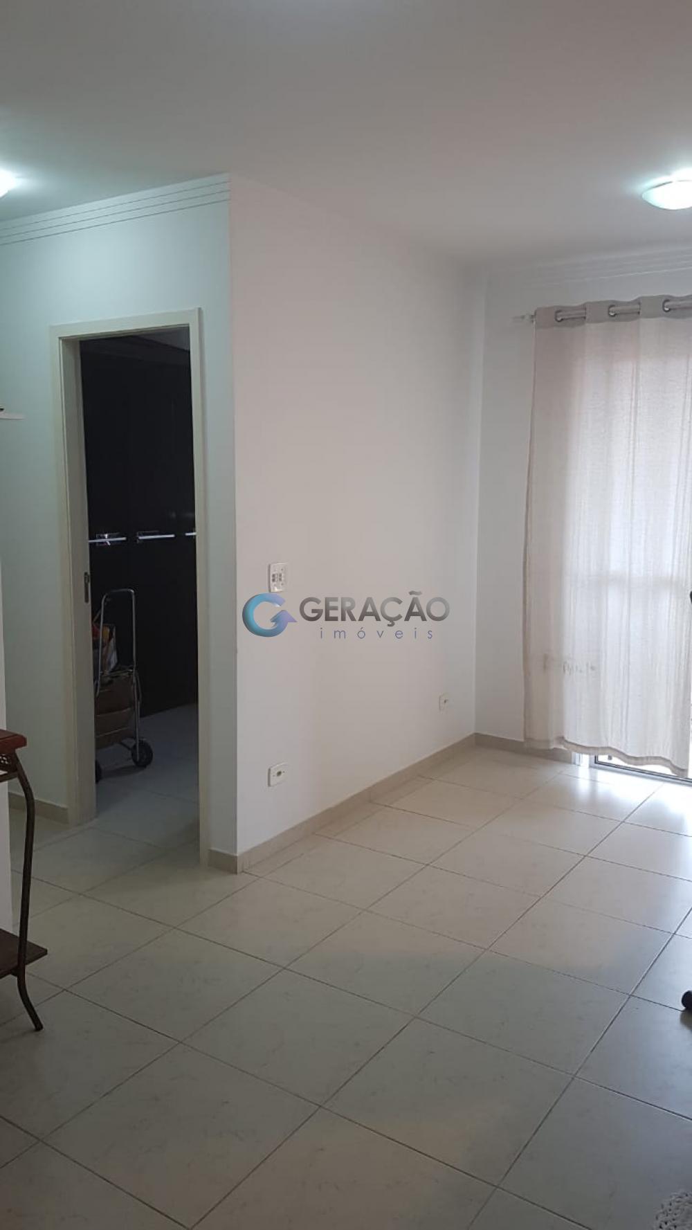 Comprar Apartamento / Padrão em São José dos Campos apenas R$ 245.000,00 - Foto 5