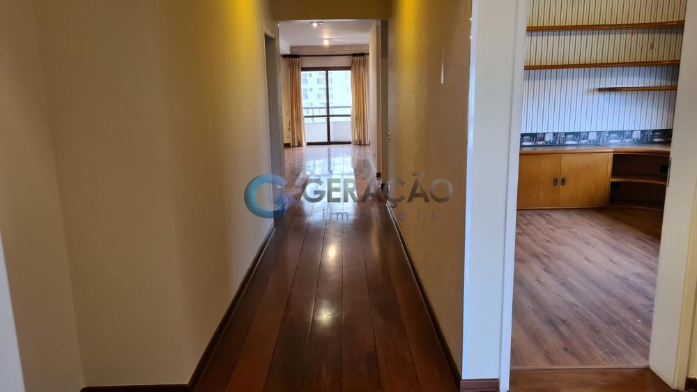 Alugar Apartamento / Padrão em São José dos Campos R$ 3.500,00 - Foto 9