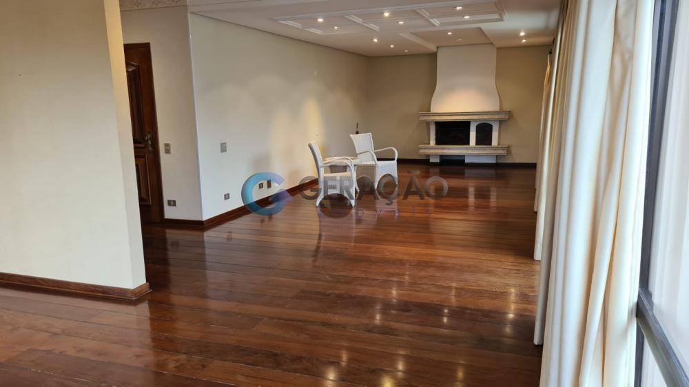 Alugar Apartamento / Padrão em São José dos Campos R$ 3.500,00 - Foto 3