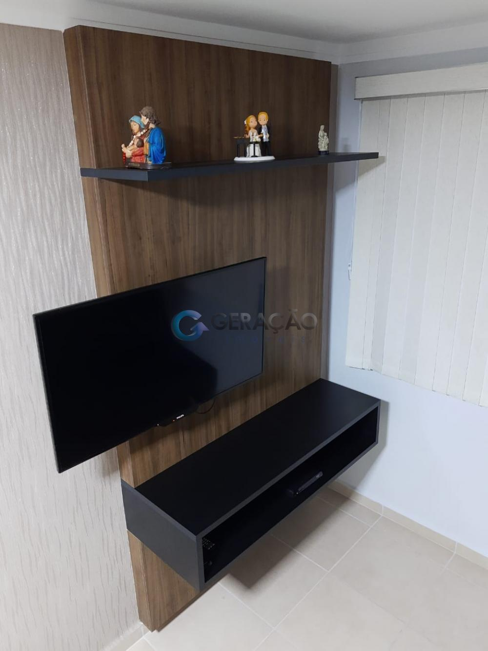 Alugar Apartamento / Padrão em São José dos Campos R$ 1.800,00 - Foto 5