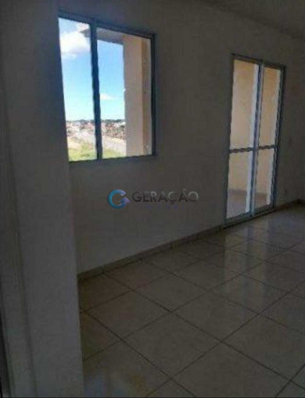 Comprar Apartamento / Padrão em São José dos Campos apenas R$ 200.000,00 - Foto 4