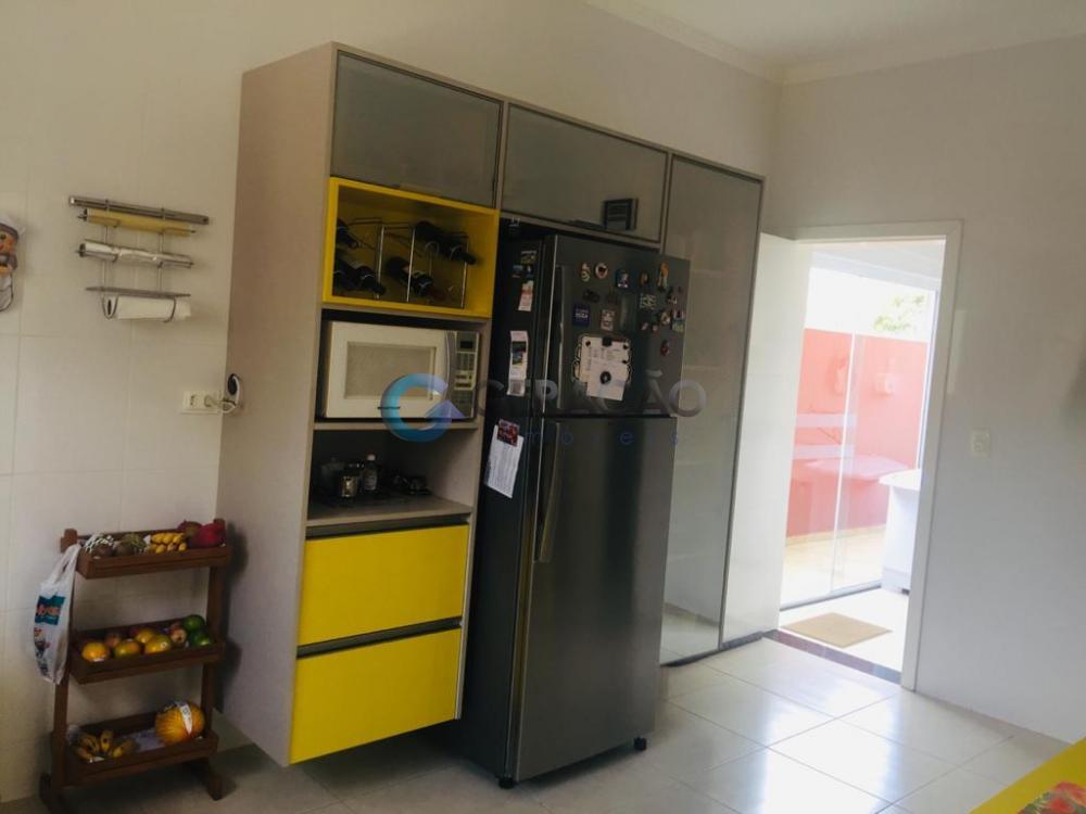 Comprar Casa / Condomínio em São José dos Campos apenas R$ 950.000,00 - Foto 11