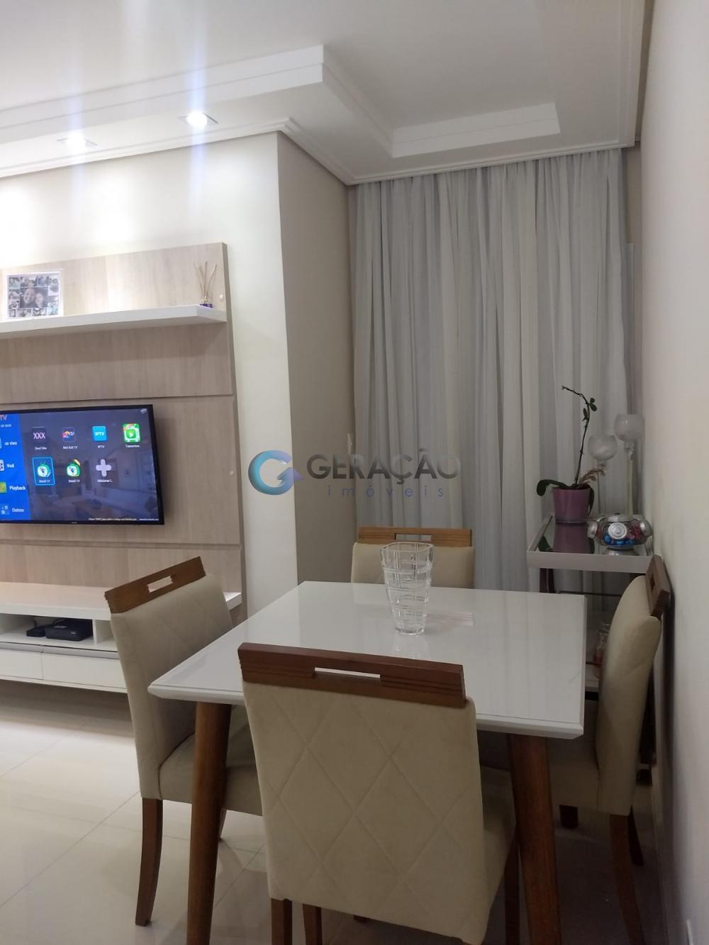 Comprar Apartamento / Padrão em São José dos Campos R$ 290.000,00 - Foto 2