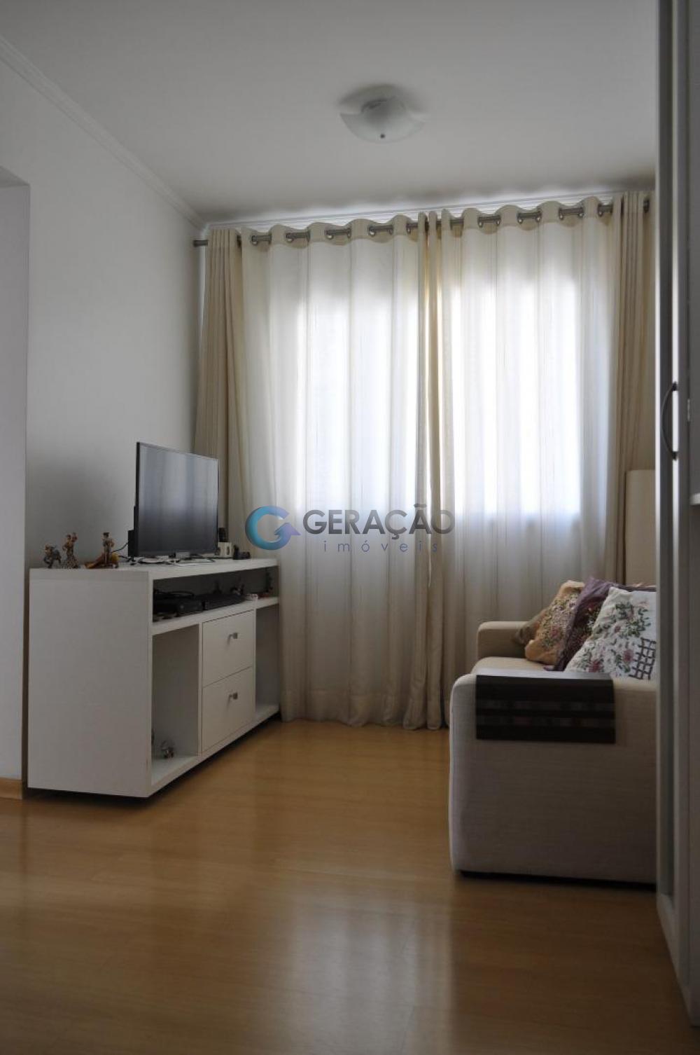 Comprar Apartamento / Padrão em São José dos Campos apenas R$ 240.000,00 - Foto 2
