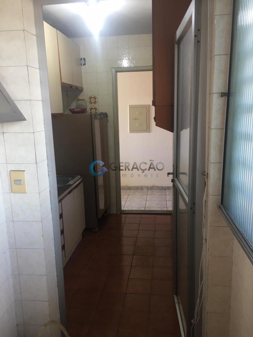 Comprar Apartamento / Padrão em São José dos Campos R$ 190.000,00 - Foto 3