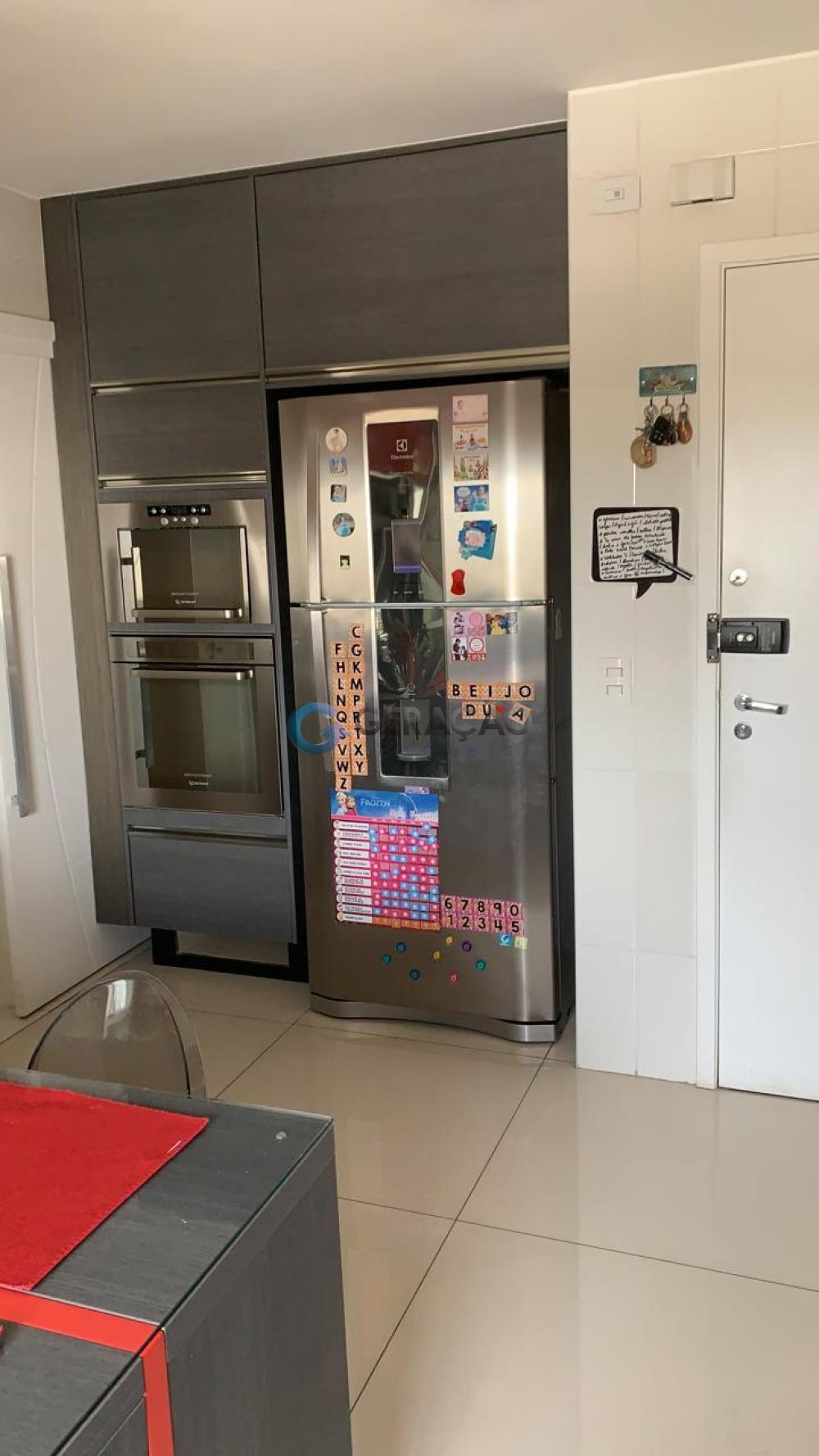 Comprar Apartamento / Padrão em São José dos Campos apenas R$ 990.000,00 - Foto 3