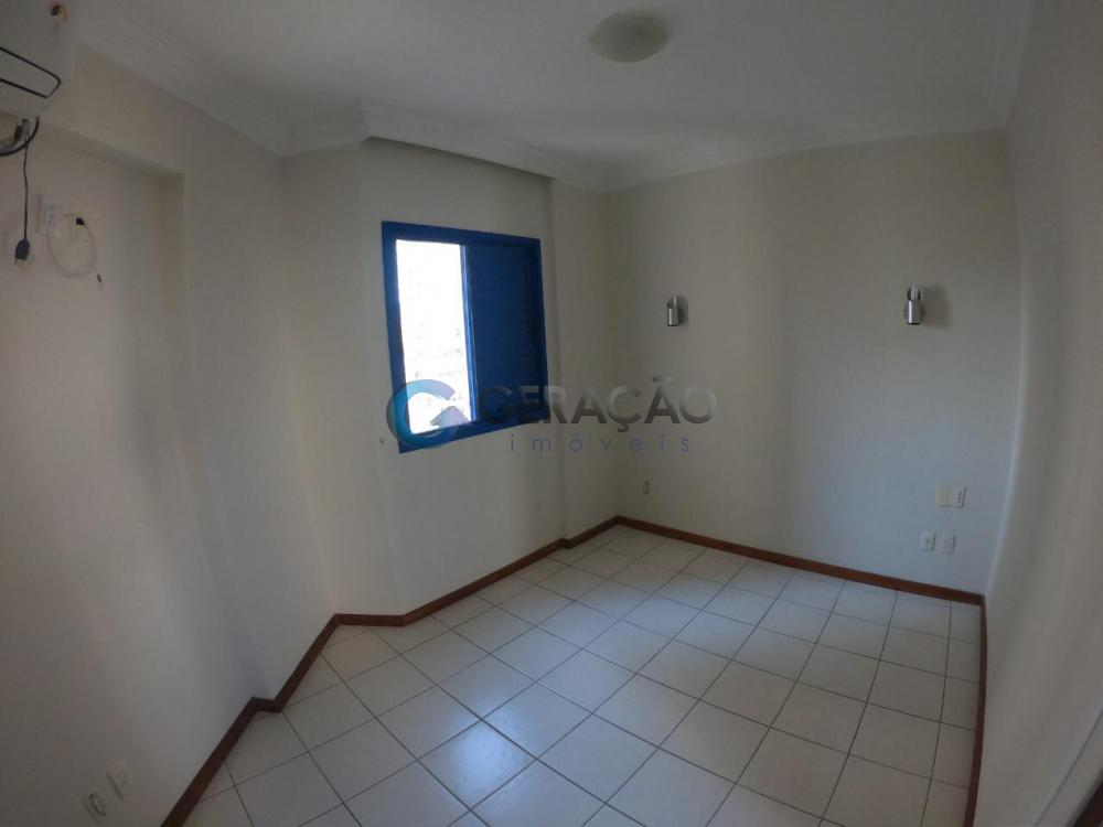 Alugar Apartamento / Padrão em São José dos Campos R$ 1.650,00 - Foto 6