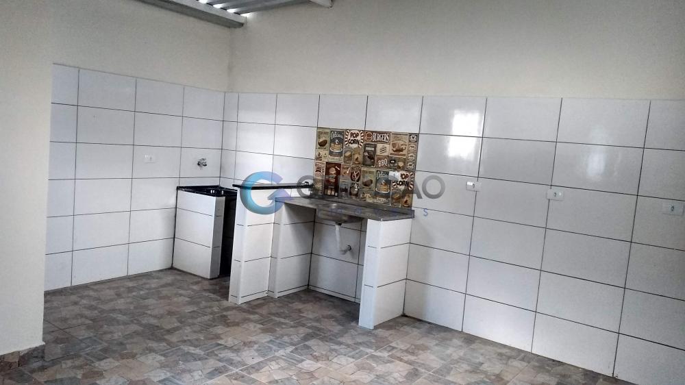 Alugar Casa / Padrão em São José dos Campos apenas R$ 1.050,00 - Foto 14