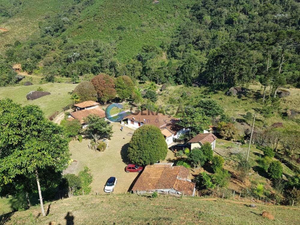 Comprar Rural / Sítio em São José dos Campos R$ 1.750.000,00 - Foto 1