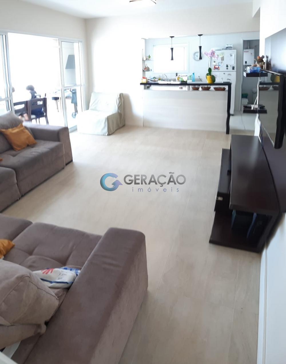 Comprar Apartamento / Padrão em São José dos Campos apenas R$ 800.000,00 - Foto 3