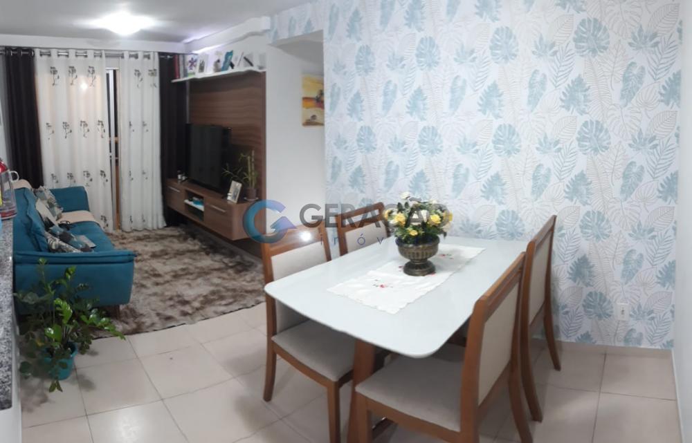 Comprar Apartamento / Padrão em São José dos Campos R$ 297.000,00 - Foto 2