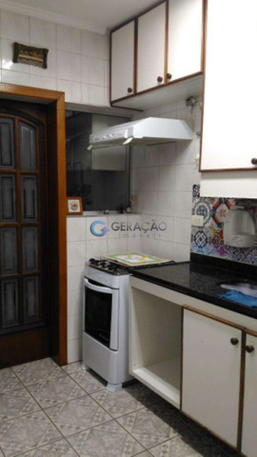 Comprar Apartamento / Padrão em São José dos Campos apenas R$ 360.000,00 - Foto 14