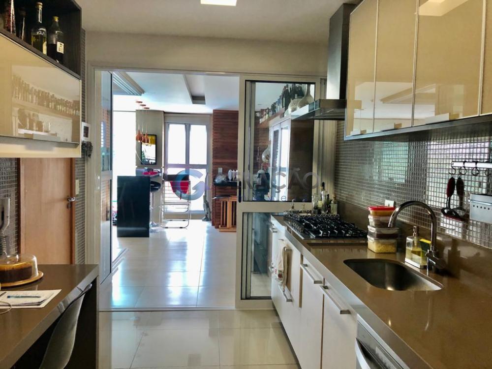 Comprar Apartamento / Padrão em São José dos Campos R$ 1.520.000,00 - Foto 10