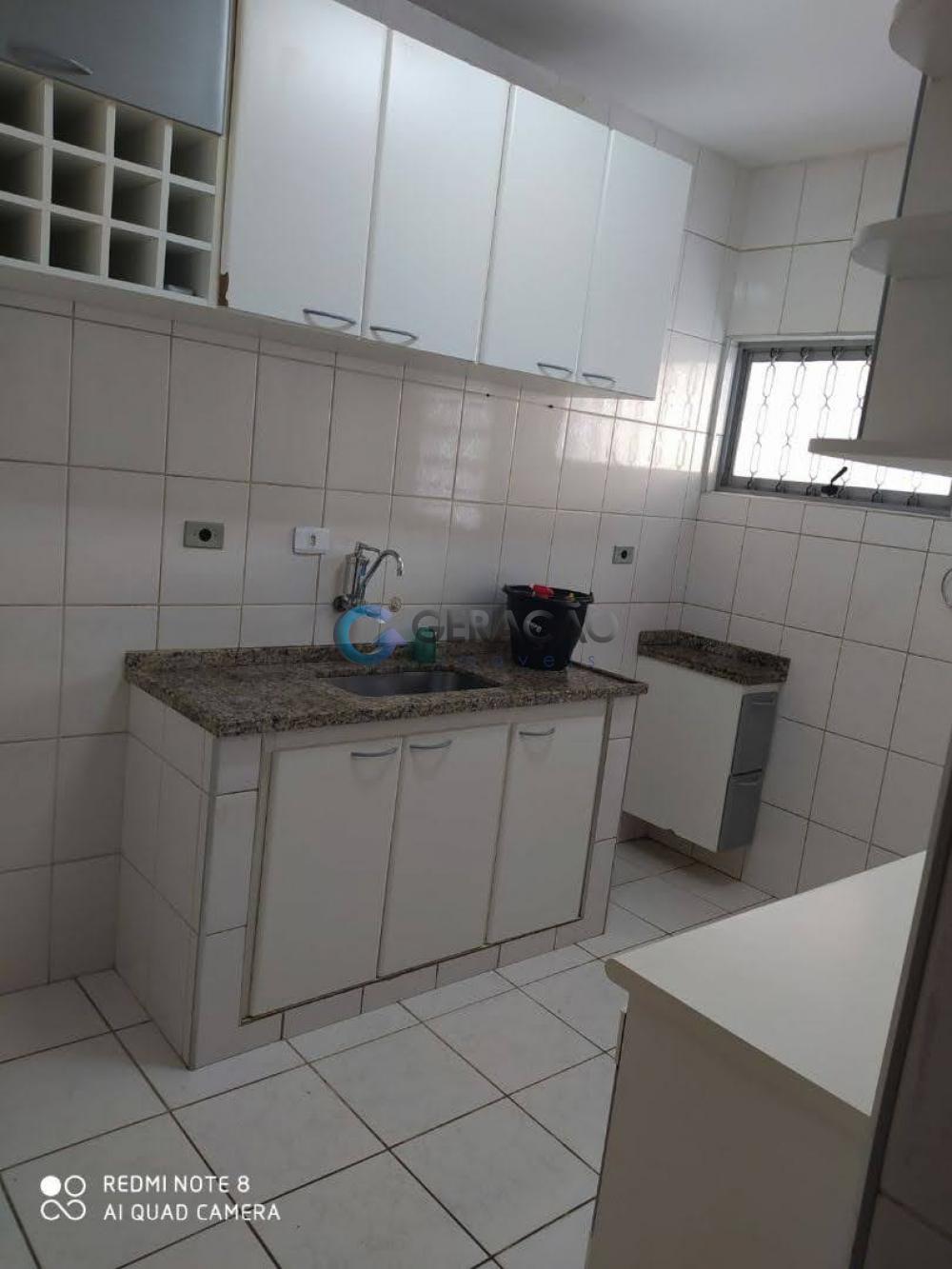 Alugar Casa / Sobrado em São José dos Campos R$ 2.250,00 - Foto 14
