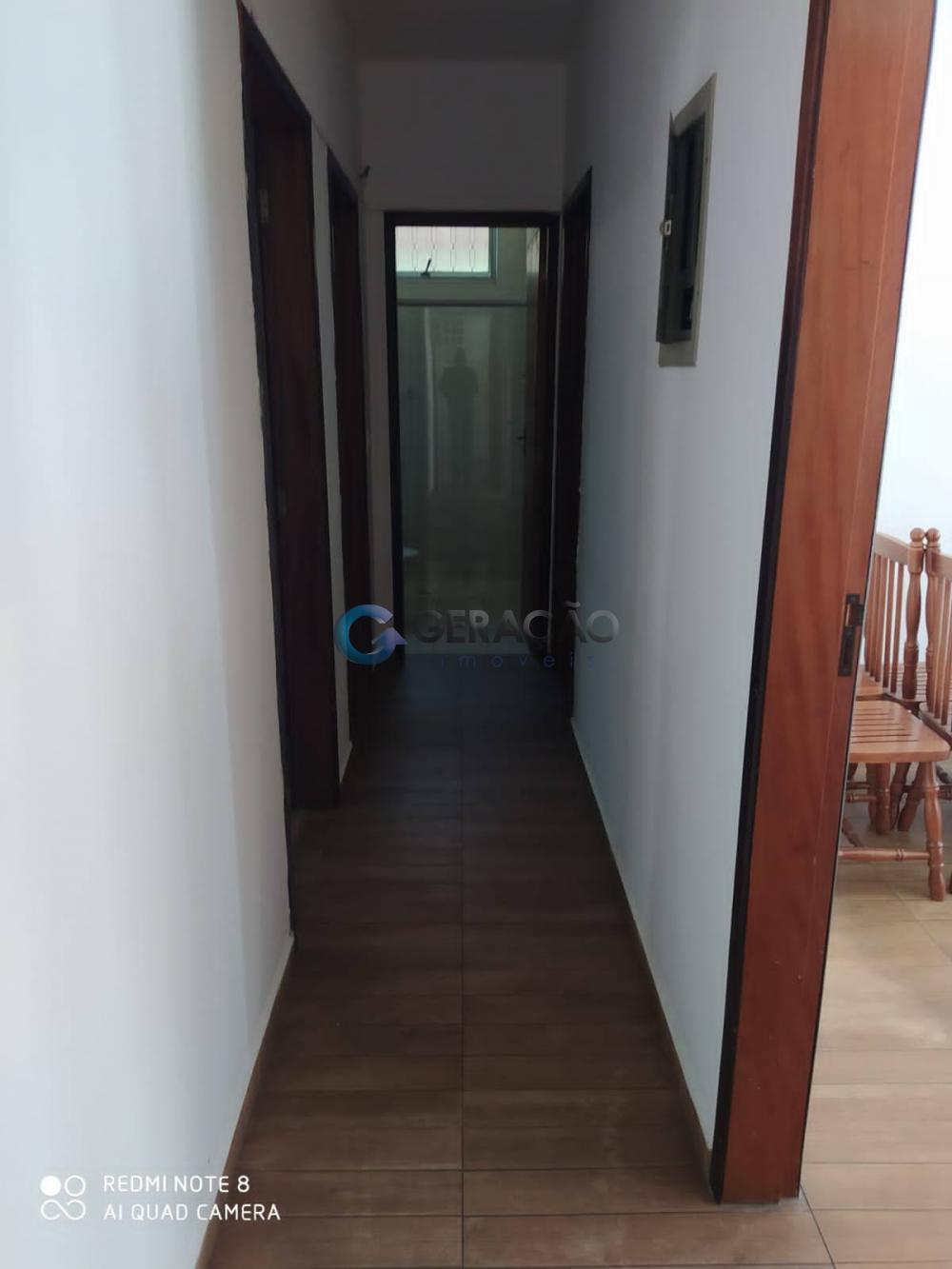 Alugar Casa / Sobrado em São José dos Campos R$ 2.250,00 - Foto 4
