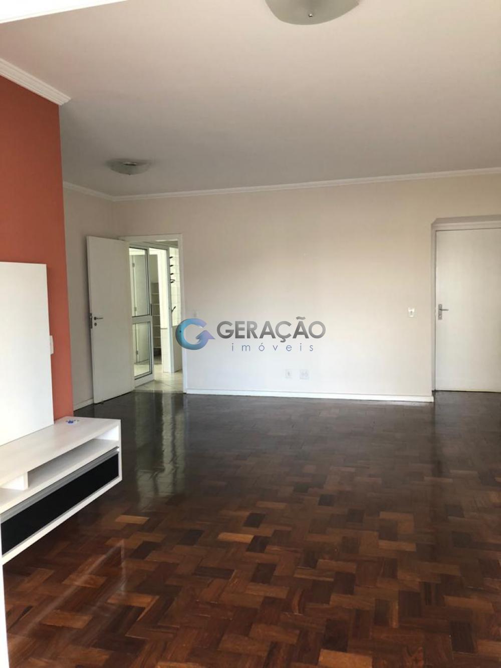 Comprar Apartamento / Padrão em São José dos Campos R$ 480.000,00 - Foto 3