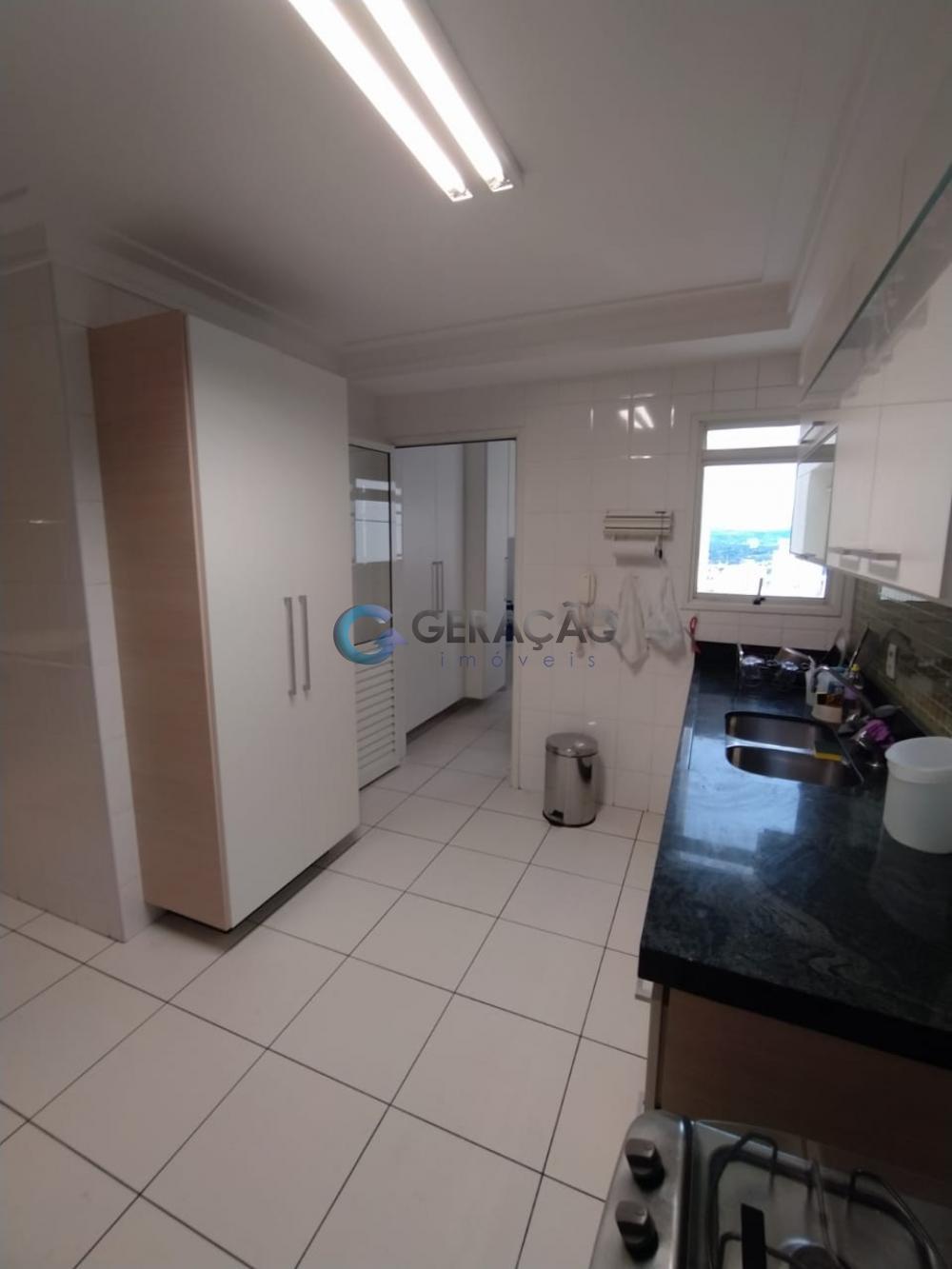 Alugar Apartamento / Padrão em São José dos Campos R$ 7.600,00 - Foto 7
