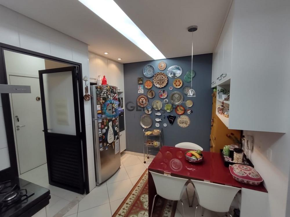 Comprar Apartamento / Padrão em São José dos Campos R$ 980.000,00 - Foto 4