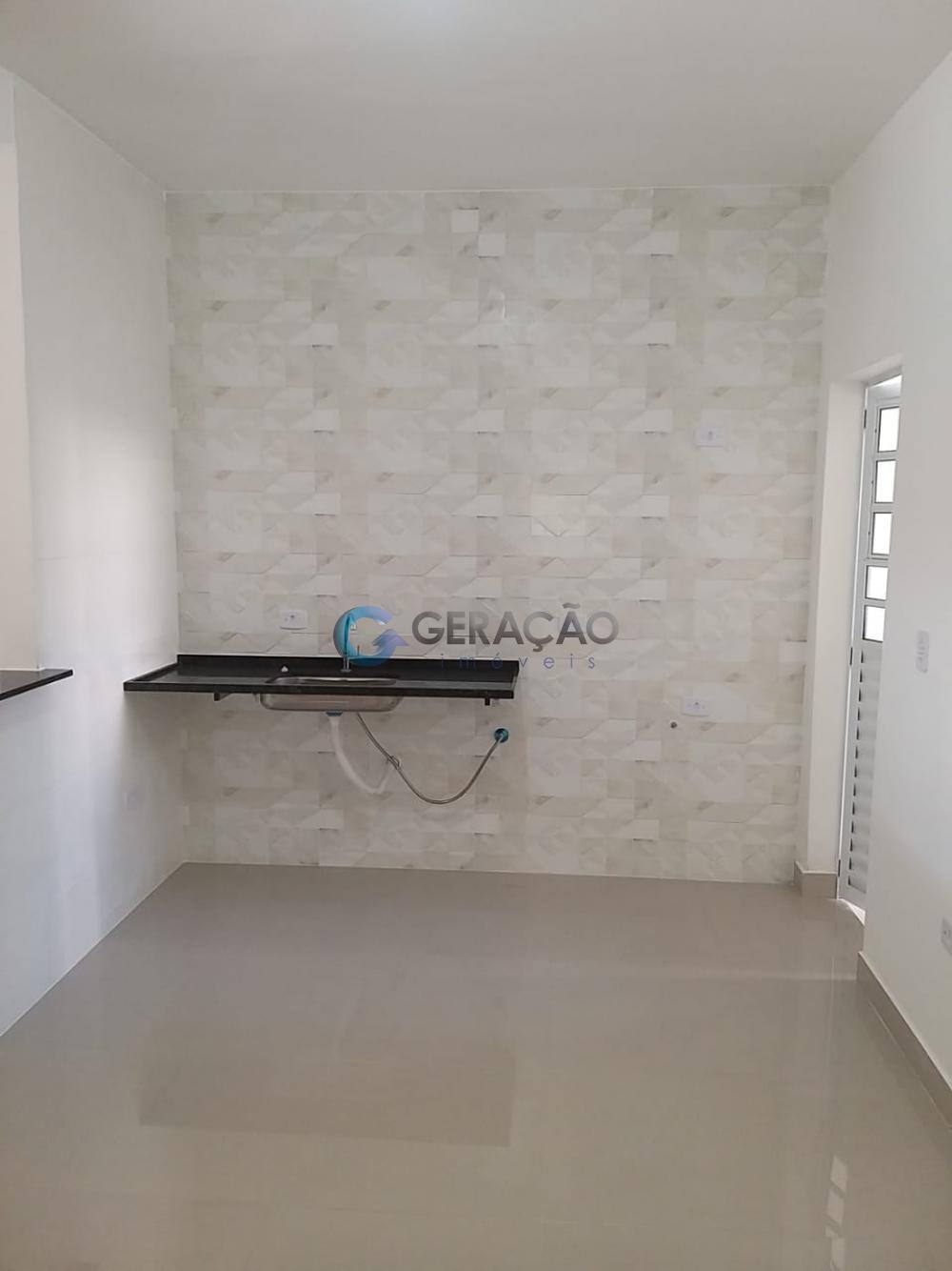 Comprar Casa / Padrão em São José dos Campos R$ 470.000,00 - Foto 2