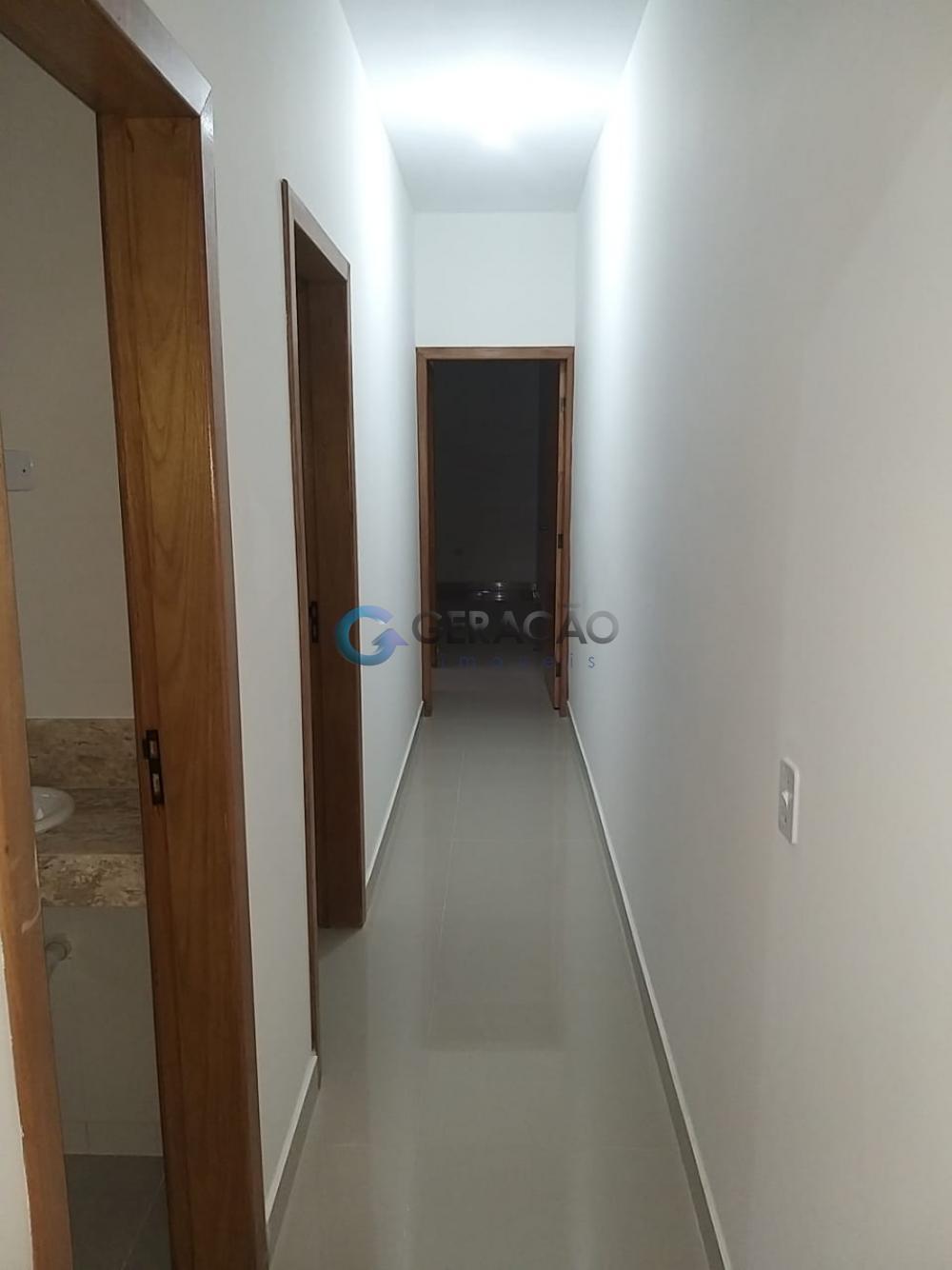 Comprar Casa / Padrão em São José dos Campos R$ 470.000,00 - Foto 7