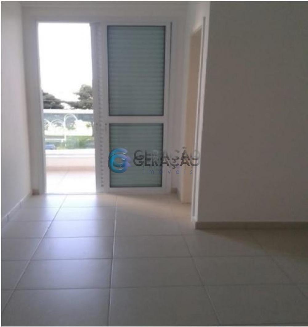 Comprar Apartamento / Padrão em São José dos Campos R$ 373.000,00 - Foto 3