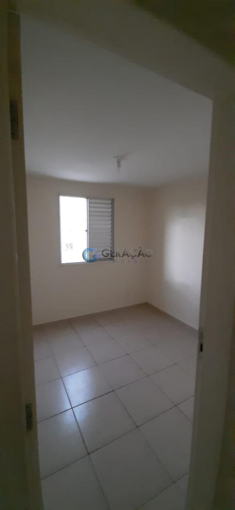 Comprar Apartamento / Padrão em São José dos Campos apenas R$ 270.000,00 - Foto 7