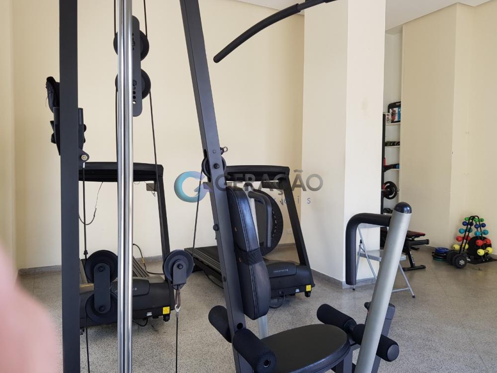 Alugar Apartamento / Padrão em São José dos Campos R$ 2.000,00 - Foto 7