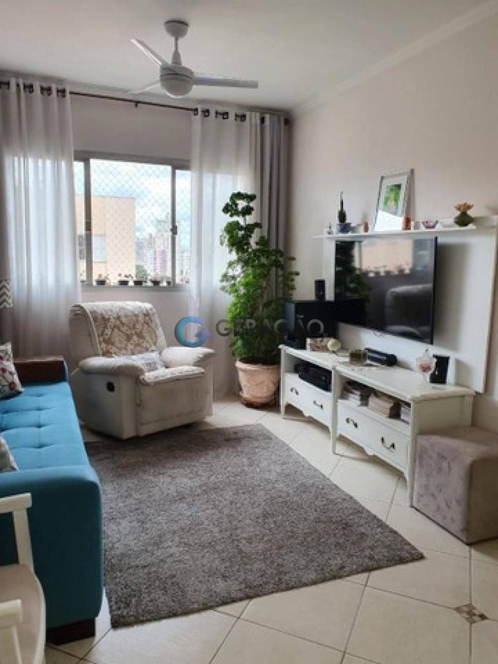 Comprar Apartamento / Padrão em São José dos Campos R$ 330.000,00 - Foto 1