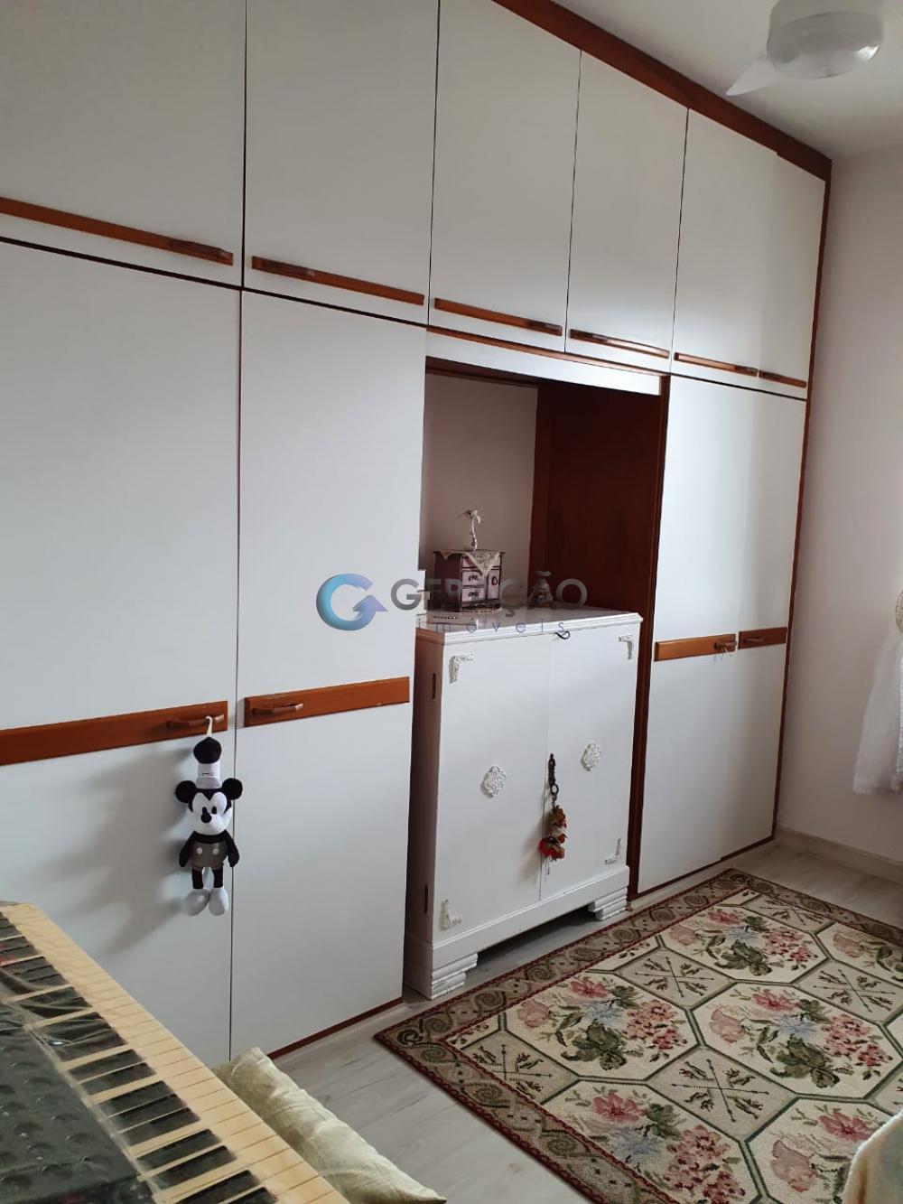 Comprar Apartamento / Padrão em São José dos Campos R$ 330.000,00 - Foto 15