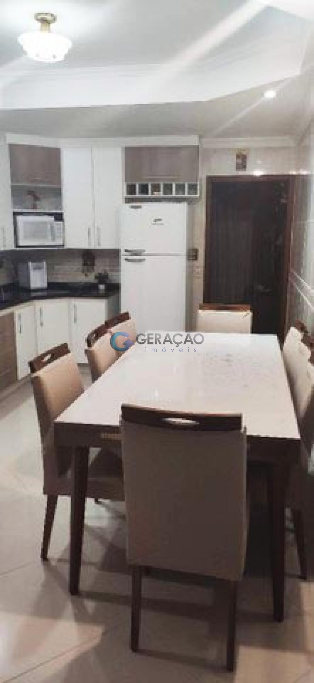 Comprar Casa / Padrão em São José dos Campos R$ 490.000,00 - Foto 2