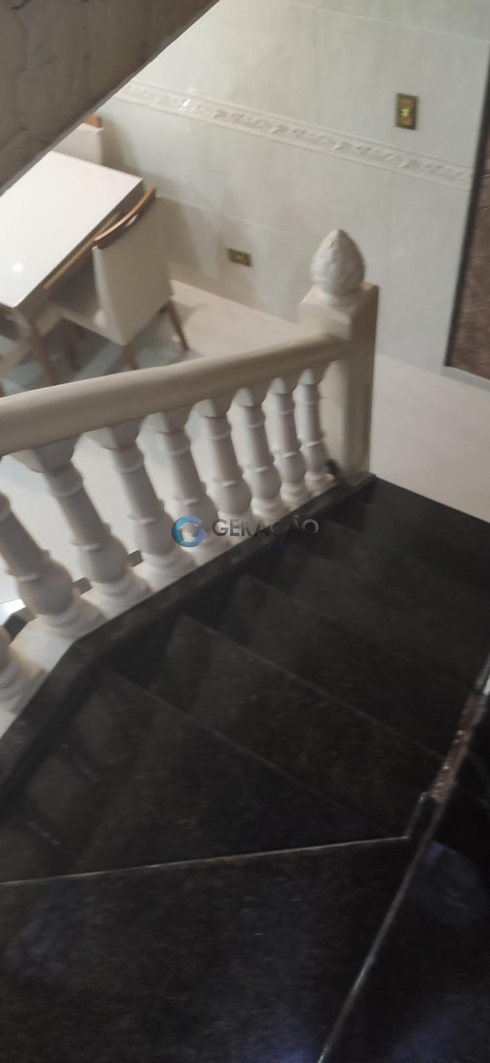 Comprar Casa / Padrão em São José dos Campos R$ 490.000,00 - Foto 12