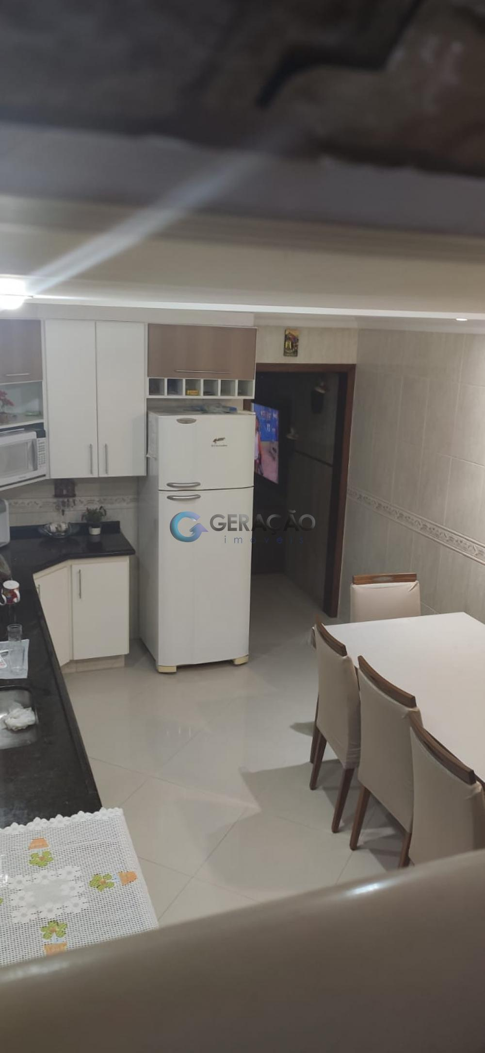 Comprar Casa / Padrão em São José dos Campos R$ 490.000,00 - Foto 6