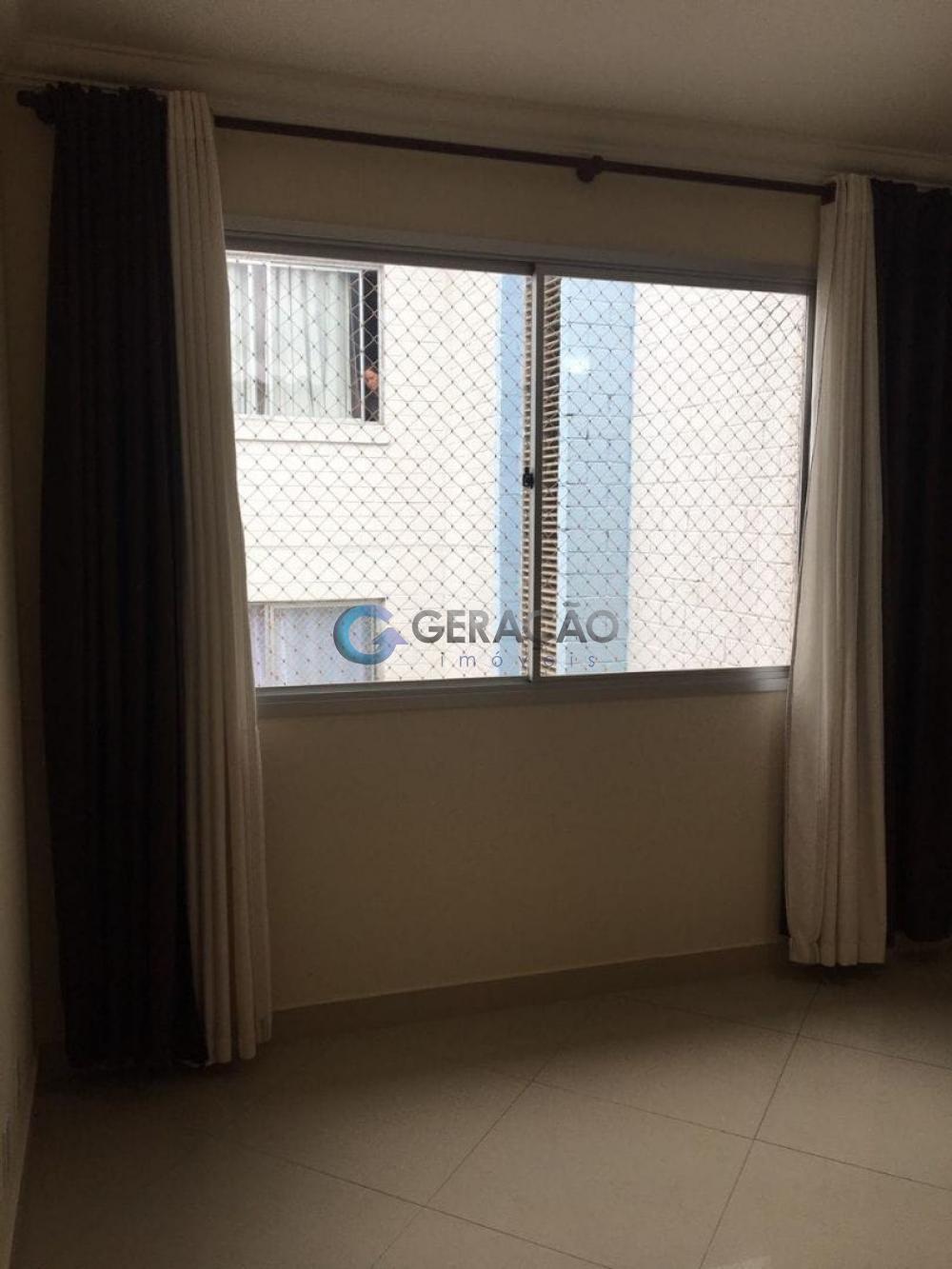 Comprar Apartamento / Padrão em São José dos Campos R$ 176.000,00 - Foto 3