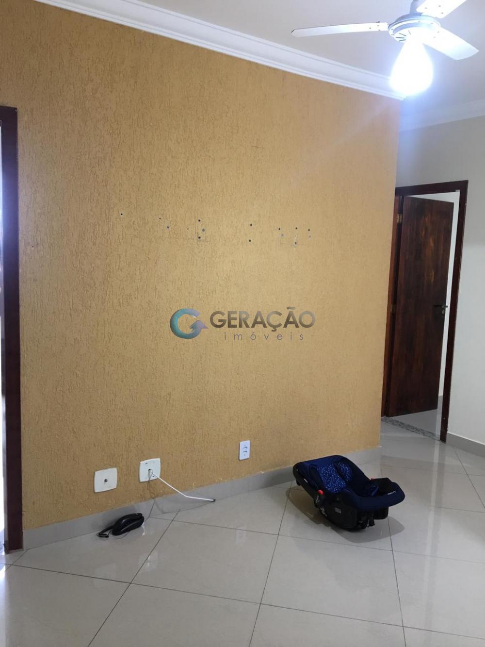 Comprar Apartamento / Padrão em São José dos Campos R$ 176.000,00 - Foto 2