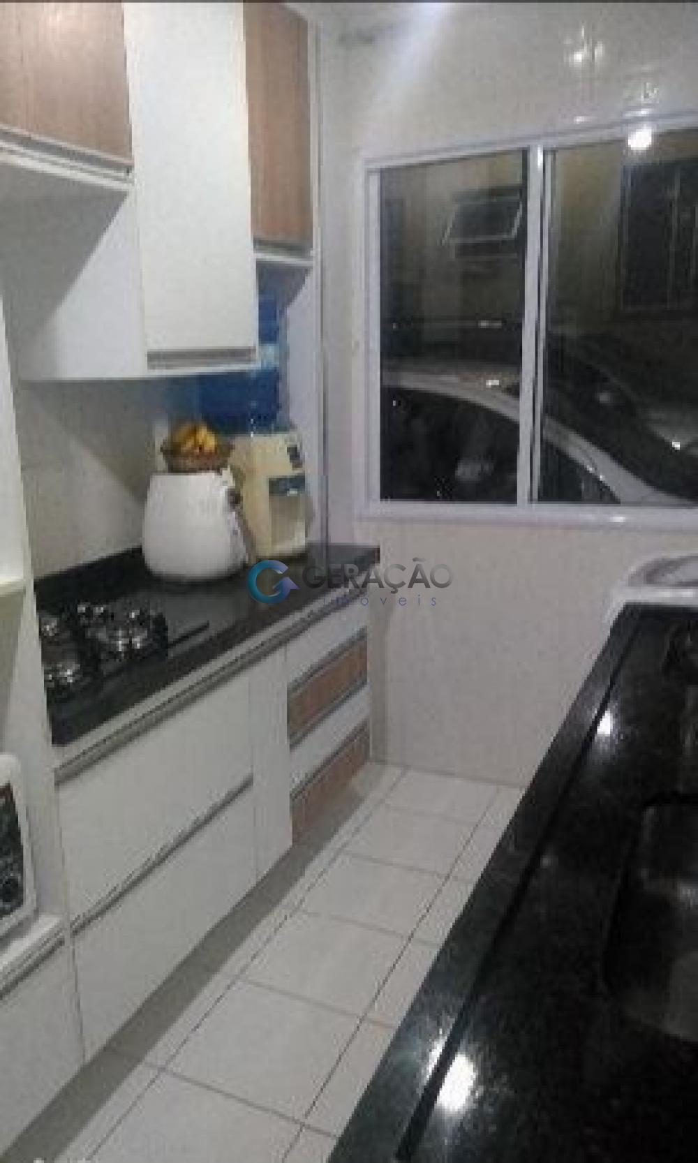 Comprar Apartamento / Padrão em São José dos Campos R$ 305.000,00 - Foto 3